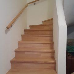 Treppe Beton mit Holz